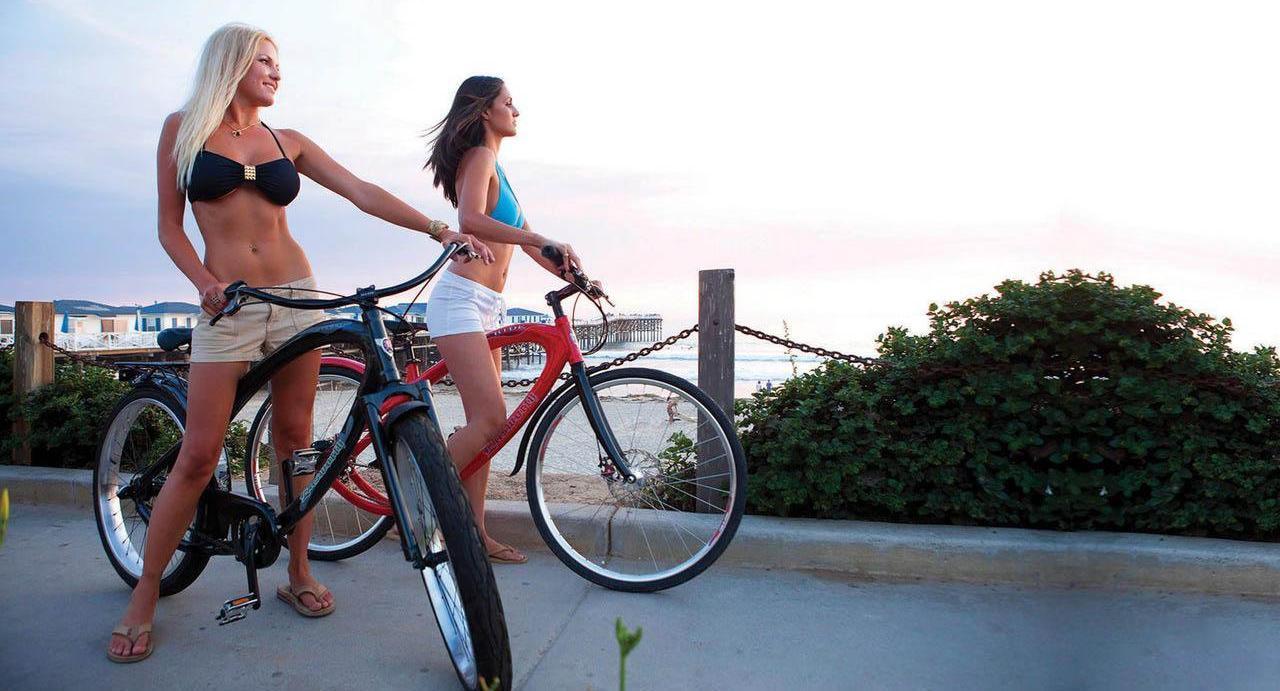 Порнушка с девушкой на велосипеде 15 фотография