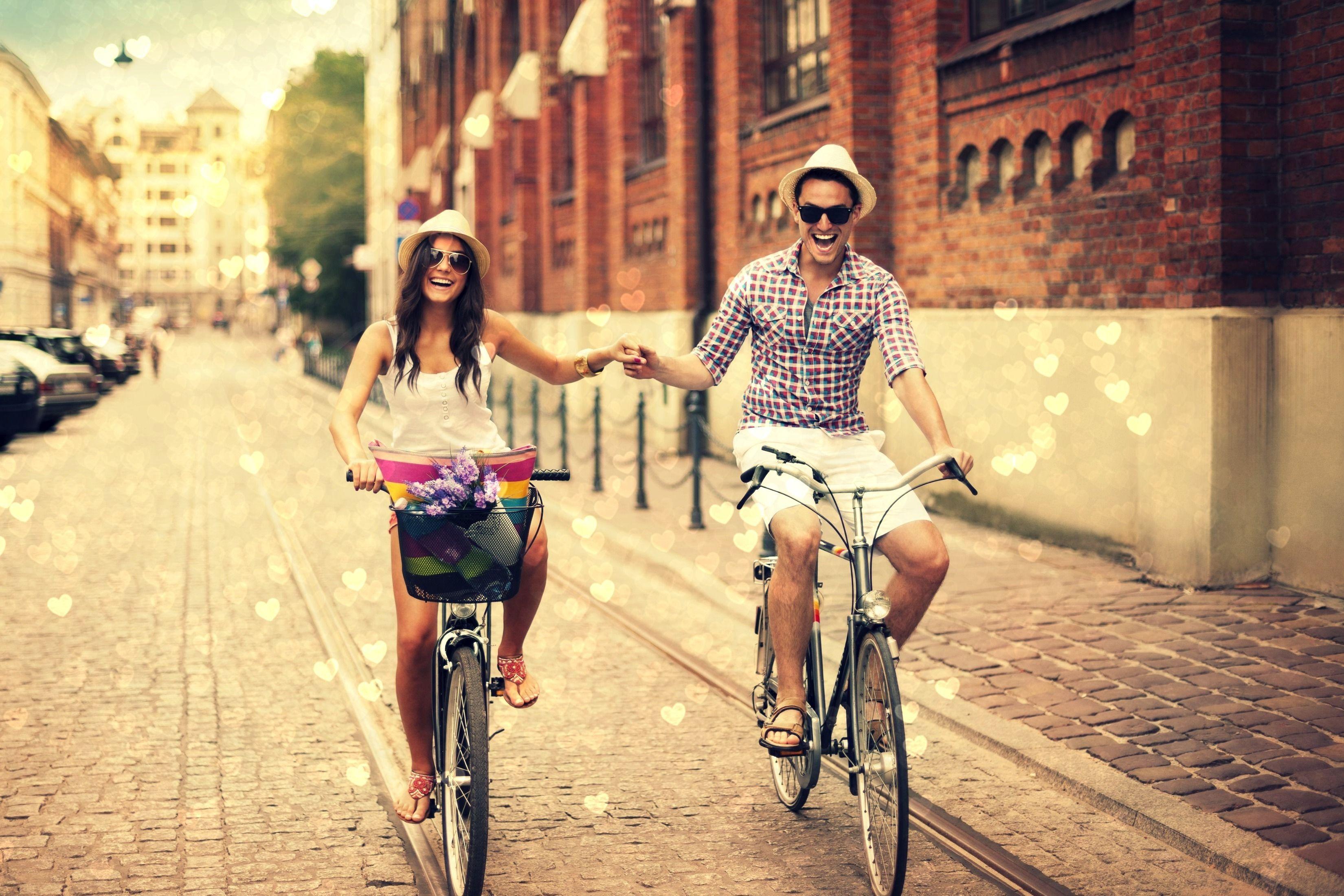 фотосессия на велосипеде пара база